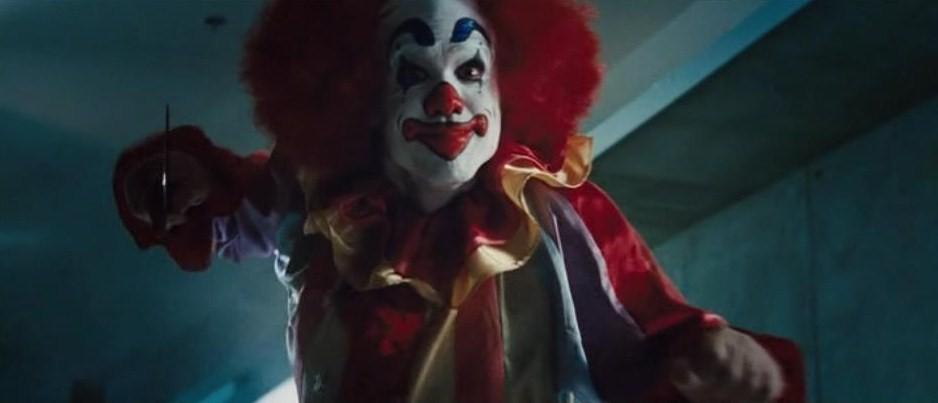 cabin clown